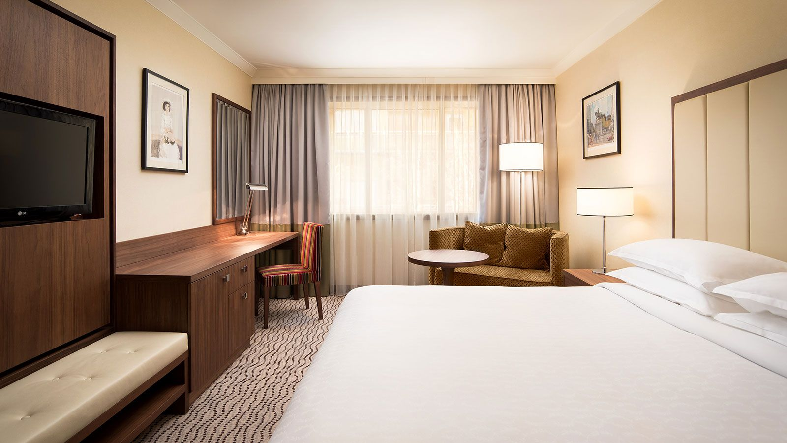 Discover our Executive Room in 360